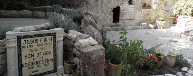 Christians tour to Israel garden tomb